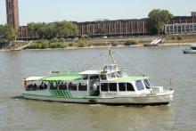 """Mit der """"MS Strolch"""" geht es wieder zurück über den Rhein. Foto: kb"""