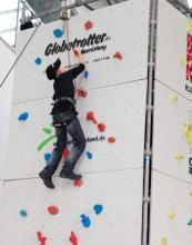 Mobiler Kletterturm von Globetrotter. (Foto: wilderness-international.org)
