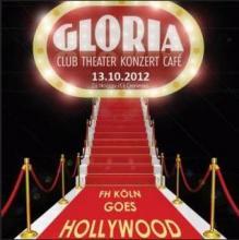 """Wie die Stars in Hollywood über den roten Teppich schreiten bei """"FH Köln goes Hollywood"""" im Gloria."""