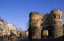 Die Hahnentorburg ist eine von ursprünglich zwölf Torburgen der mittelalterlichen Stadtmauer Kölns (Foto: Bilderbuch Köln)