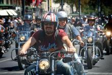 Entspannte Biker: raue Kerle mit weichem Kern. (Foto: Harley Davidson)