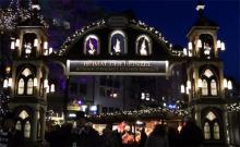 Das Heinzelmännchentor begrüsst die Weihnachtsmarktbesucher in der Altstadt.