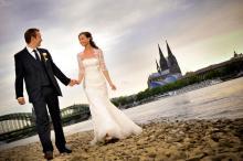 Wirklich eindrucksvolle Hochzeitsbilder schießt nur ein Profi. (Foto: Christopher Adolph)