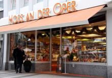 Seit vier Generationen familiengeführt: Das Delikatessengeschäft Hoss an der Oper. (Foto: s. Reichert)