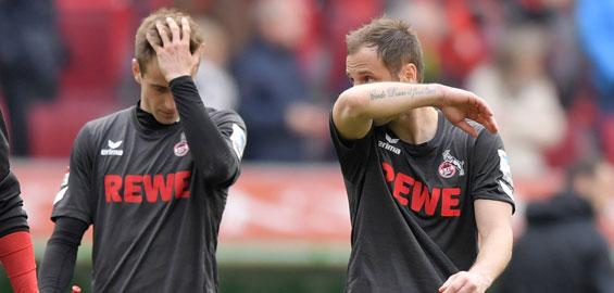 Frust nach der Niederlage bei den Kölnern Lukas Klünter (l.) und Matthias Lehmenn (r.) Foto: Imago/MIS