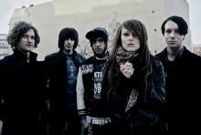 Jennifer Rostock: Die Berliner mischen Rock, Pop-Punk und Elektrosounds. (Foto: Erik Weiss)
