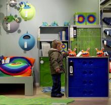 Nehmen Sie Ihr Kind mit zum Möbelkauf. (Foto: dapd)