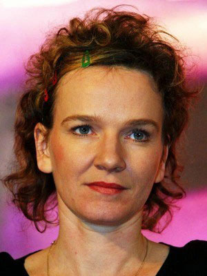 <b>Karin Beier</b> bleibt Kölns Schauspiel-Chefin - karin-beier