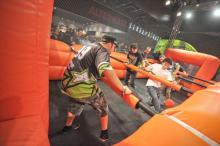 Riesen-Spaß mit Riesen-Kicker in Halle 10.1