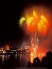 Hohenzollern Balkon, Tanzbrunnen und Bastei: Hier genießen Sie die beste Sicht auf das Feuerwerk. (Foto: Kölner Lichter)