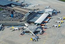 Flughafen Köln/Bonn: Terminal 1 aus der Vogelperspektive. (Foto: Flughafen Köln/Bonn)