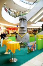Osterinsel-Flair genießen Kunden der Köln Arcaden. (Foto: Köln Arcaden)