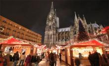 Die weihnachtliche Kulisse am Dom, lässt nicht nur die Herzen der Kölner höher schlagen.