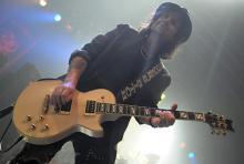 Phil Campbell: Spielt seit 25 Jahren Gitarre an Lemmys Seite. (Foto: Helmut Löwe)