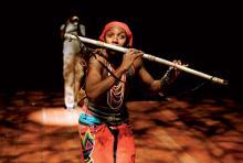 """Mhlekazi Andy Mosiea: Darsteller des Tamino in der """"Zauberflöte"""". (Foto: Keith Pattison)"""