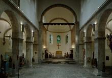 Blick in das Mittelschiff und den Chor von St. Cäcilien. Foto: Andreas Lechthape © Museum Schnütgen