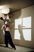 """Für optische Verwirrung sorgte das Tanzstück """"Sehnsucht"""" (Foto: Rahi Rezvani)"""
