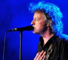 BAP-Chef Wolfgang Niedecken feiert seinen und den Band-Geburtstag mit einem Konzert am Dom. (Foto: dapd)