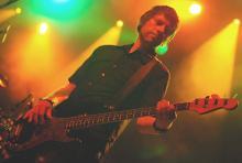 Lässt sich nicht aus der Ruhe bringen: Bassist Nelson (Foto: Helmut Löwe)