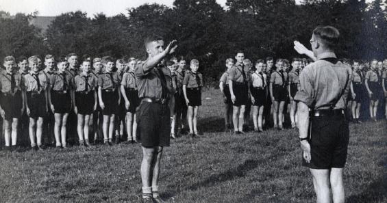 """""""Führerdienst"""" eines Kölner HJ-Stamms, September 1936. © NS-DOK"""
