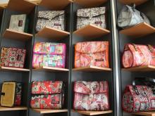 Taschen aus Feuerwehrschlauch von Opaco (Foto: Kerstin Bernards)