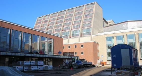 25 Millionen Euro zusätzliche Mittel müssen her - sonst geht nichts auf der Baustelle Oper und Schauspiel. Foto: Jürgen Schön