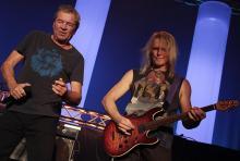 Ian Gillan und Steve Morse: Sänger und Gitarrist Deep Purples. (Foto: Helmut Löwe)