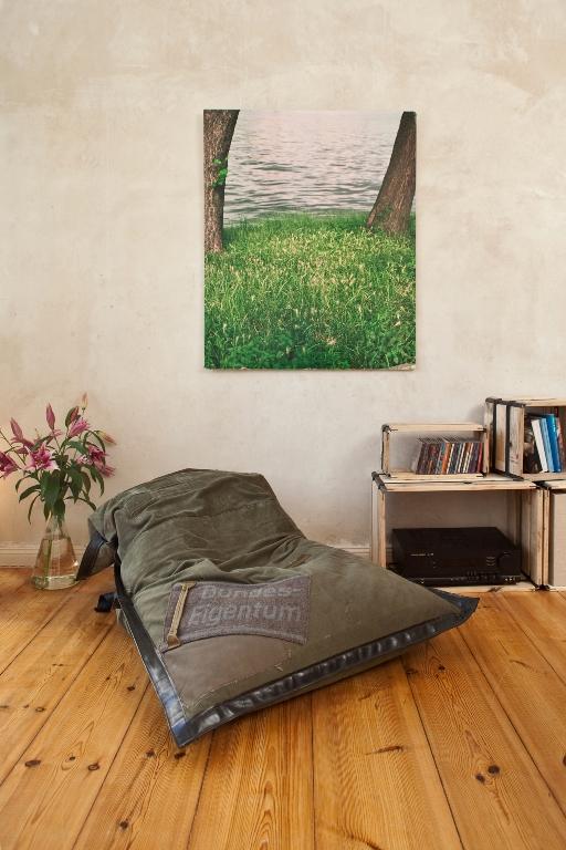 k lner jungunternehmer macht designer m bel aus m ll. Black Bedroom Furniture Sets. Home Design Ideas