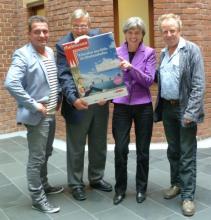 """Kölsches Literaturfestival: Linus, Corneth, Berg und Krebber (v.l.) freuen sich auf """"R(h)einlesen 2011"""""""