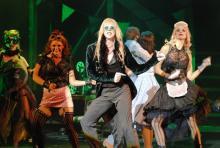 """""""Let's do the Time Warp again..."""": Der bekannteste Song aus der Rocky Horror Show. (Foto: Helmut Löwe)"""