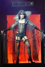 """I'm a sweet Transvestite..."": Der bizarre Wissenschaftler Frank'n'Furter. (Foto: Helmut Löwe)"