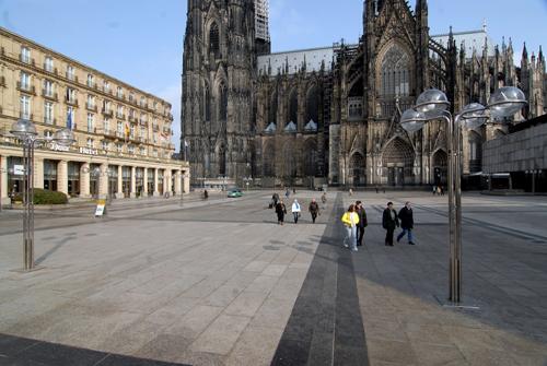 Köln Roncalliplatz