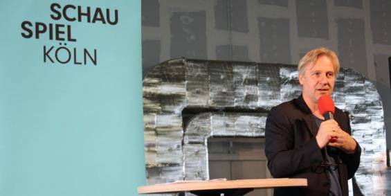 Schauspiel-Intendant Stefan Bachmann kündigte den Verbleib der Inszenierungen im Mülheimer Depot für die kommenden drei Spielzeiten an. Foto: T. Dahl