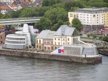 Direkt am Rheinauhafen gelegen: Das Schokoladenmuseum - ein Mekka für Naschkatzen (Foto: Schokoladenmuseum)