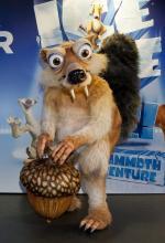 """Das Eichhörnchen Scrat und seine Urzeitfreunde sind 2013 in """"echt"""" in der Lanxes- Arena zu erleben."""