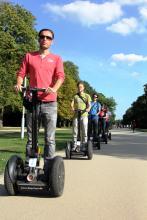 Diese Kolonne ist die Wonne: Segway-Tour durch Köln Foto: Veranstalter