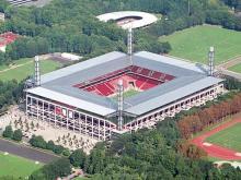 Blick von oben Das Rheinenergie-Stadion fasst 50.000 Zuschauer. (Foto: Kölner Sportstätten GmbH)