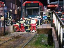 An der Unglückstelle in Köln-Mülheim (Foto: Laubert/24hkoeln.de)