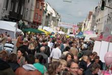 """""""In der Südstadt für die Südstadt"""" Mit einem ersten Boulevard-Fest soll die Bonner Straße wieder attraktiver werden. (Beispielfoto: Christian Rentrop)"""