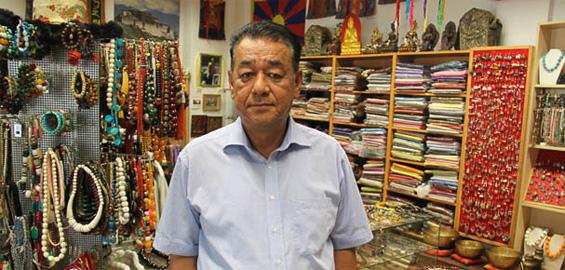 Kölner Tibet Shop hilft auch Landsleuten |