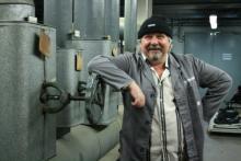 "Tommy Engel als ""Huusmiester Kaczmarek"" (Foto:Julia Schmitz)"