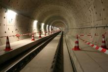 """Seltene Gelegenheit: Beim """"Acht Brücken"""" Festival kann man durch die Tunnel der Nord-Süd Bahn wandern. Foto: Jürgen Schön"""