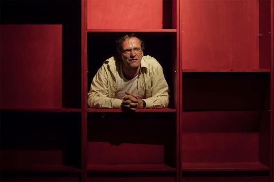 """Mit """"Unterwerfung"""" nach Michel Houellebecqs Skandalroman eröffnete das Theater der Keller die aktuelle Kölner Theatersaison. Ausschnitte daraus mit Marc Fischer (Foto) stellt es bei der Theaternacht vor. © MeyerOriginals /TdK"""