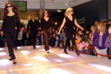 Modeschauen für die Größeren beim verkaufsoffenen Sonntag in Weiden(Foto: red)