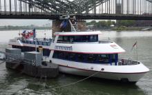 """Als erstes Fahrgastschiff wurde die """"Jan von Werth"""" mit dem neuen Abgasreiniger ausgestattet."""