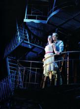 Die Westside Story vereint einen Bandenkrieg mit romantischen Szenen (Foto: Nilz Böhme)