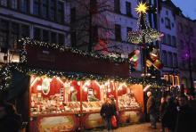 Auf dem Weihnachtsmarkt in der Altstadt (Foto: Helmut Löwe)