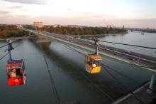 Eine Seilbahn wie beim Zoo könnte Deutz mit dem Hauptbahnhof. Foto: Joachim Rieger