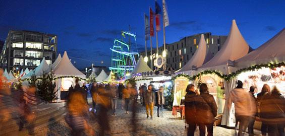Was Gehört Auf Einen Weihnachtsmarkt.Hafen Weihnachtsmarkt Am Schokoladenmuseum Koeln De
