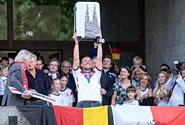 Bildergalerie: Köln feiert Weltmeister Poldi